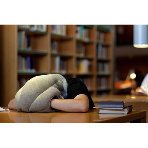 Подушка-страус Ostrich Pillow